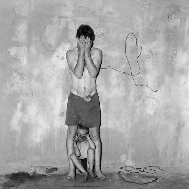 The Photography of Roger Ballen: concealed_2003_0-610x610.jpg