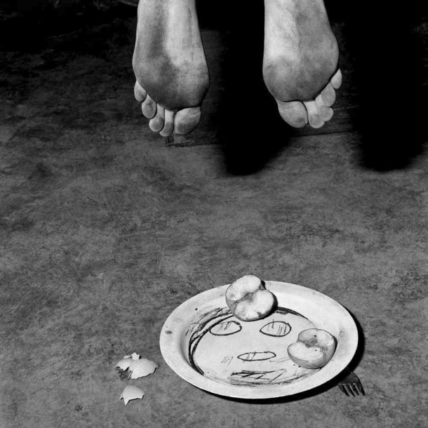 The Photography of Roger Ballen: fragments_2005_-610x610.jpg