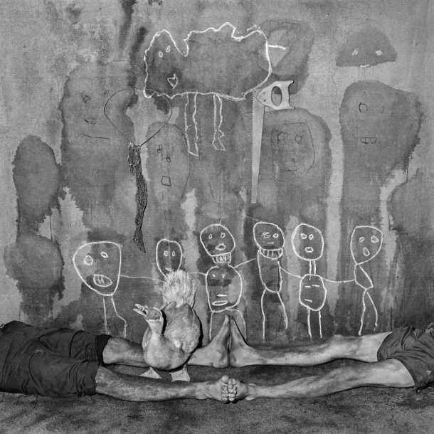 The Photography of Roger Ballen: squawk_2005_-610x610.jpg