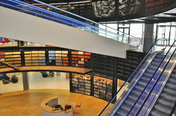 Birmingham, England Gets a Beautiful New Library : library-9.jpg