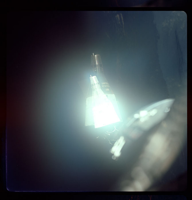 Gemini: The Outtakes from Space: gemini-8_660.jpg