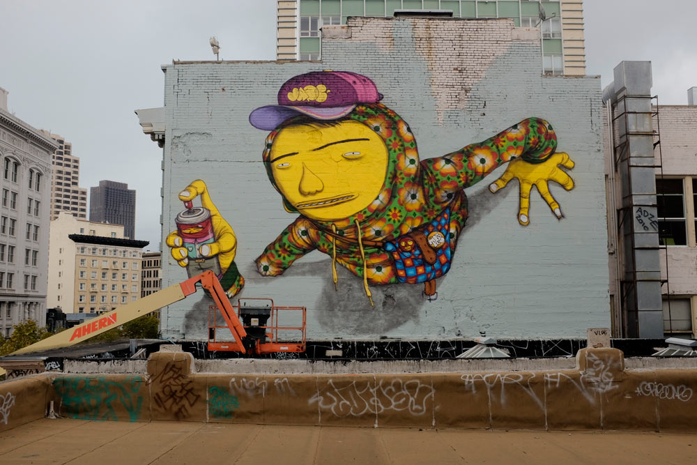Os Gemeos repaints roof in San Francisco: osgemeos.jpg