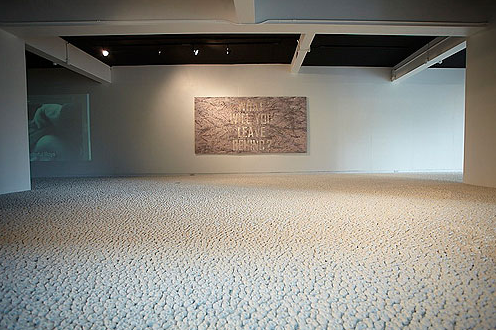 Gallery Floor Covered in 100,000 Porcelain Skulls: Screen shot 2013-09-22 at 8.54.26 PM.png