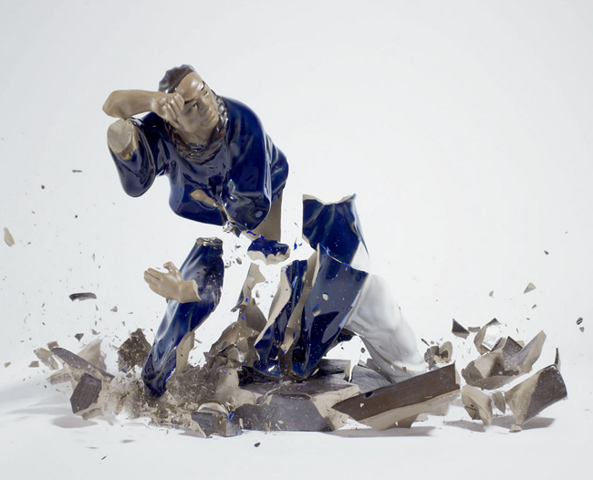 The Crashing of Porcelain by Martin Klimas: Screen shot 2013-09-24 at 3.04.53 PM.png