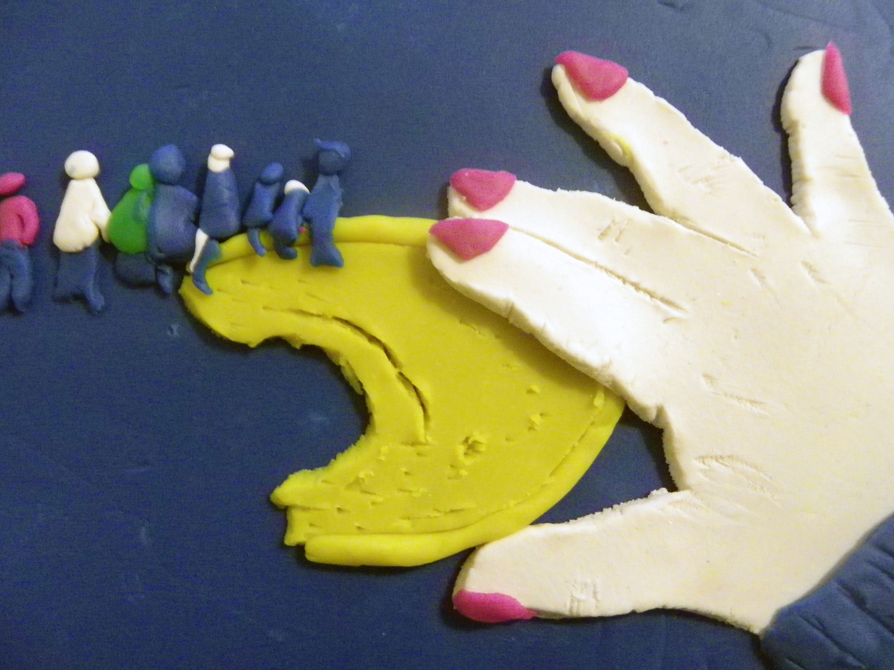 Photographs Rendered in Play-Doh: sandwich1.jpg