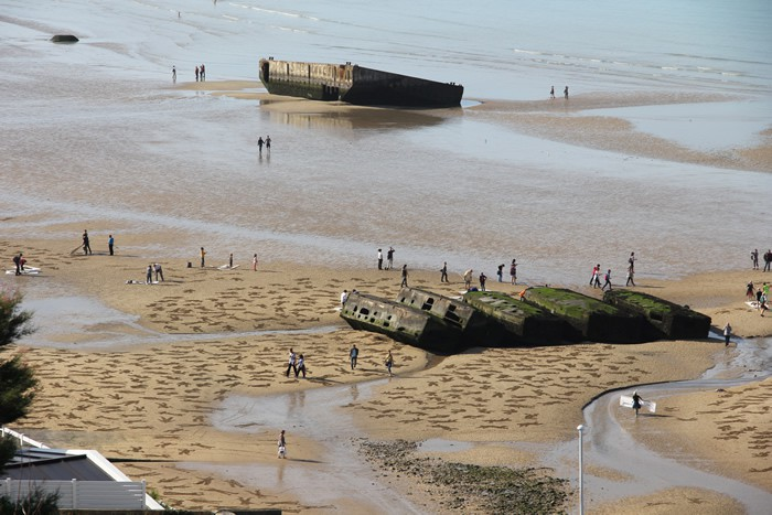 9,000 Stenciled Sand Silhouettes on Normandy Beach: sand-11.jpeg