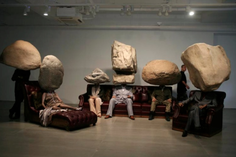 Hyper-realistic Sculptural Installation by Sun Yuan and Peng Yu: Screen shot 2013-09-29 at 5.17.25 PM.png