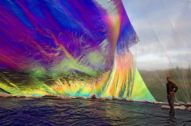 The Brilliant Imagination of Tomas Saraceno: poetic-cosmos-breath-6-620x411.jpeg