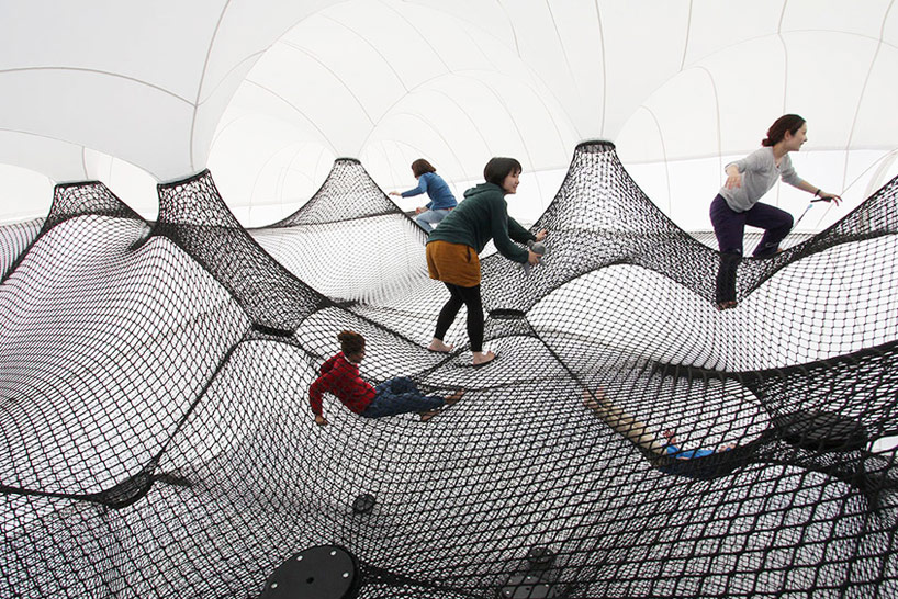 A Climbable Blow-Up Net by Numen/For Use: net-blow-up-yokohama-by-numen-for-use-designboom-101.jpg