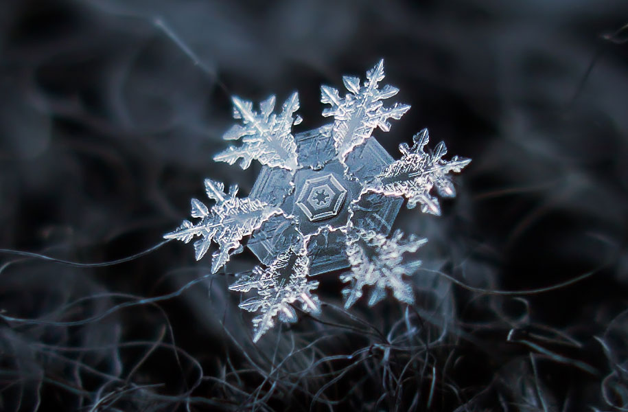DIY Camera Rig Captures Close-ups of Snowflakes: Juxtapoz-AlexeyKljatov-05.jpg