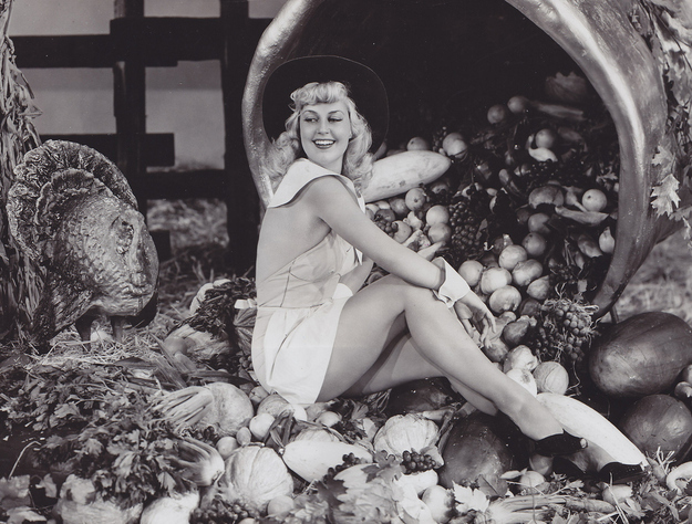 Thanksgiving Pin-Ups: enhanced-buzz-11832-1384286718-18.jpg