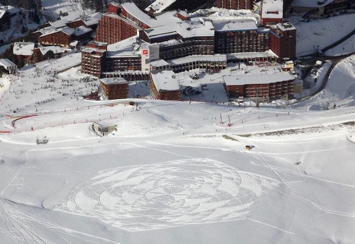 Simon Beck And His Giant Snow Crop Circles: 16.jpg
