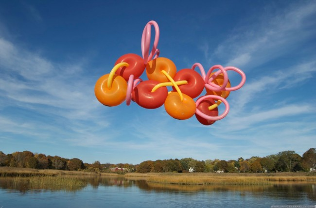 Janice Lee Kelly's Balloons: float-balloon-sculptures-by-janice-lee-kelly-3-650x429.jpg
