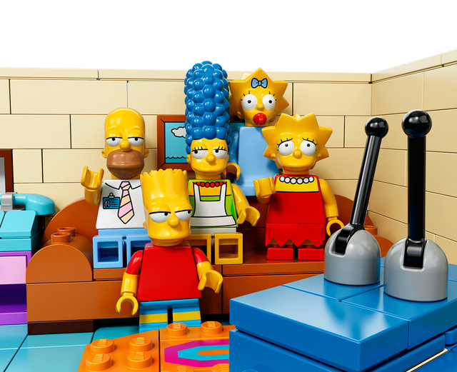 "LEGO ""The Simpsons"" House Set: ku-xlarge-2.jpg"