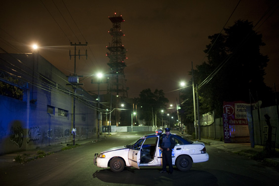 David Rochkind's Photographs of Mexico's Drug War: Rochkind_HHSS_014.jpg