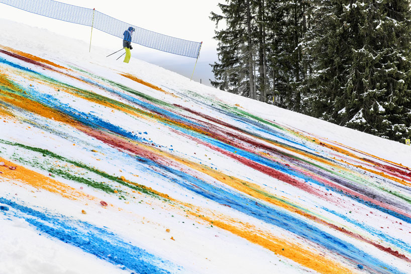 Olaf Breuning Colors The Mountain: olaf-breuning-paints-a-mountain-for-snow-drawing-designboom-04.jpg