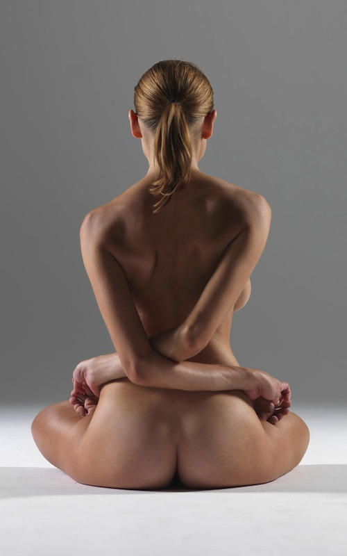 Naked Yoga Indeed: 9U53I.jpg