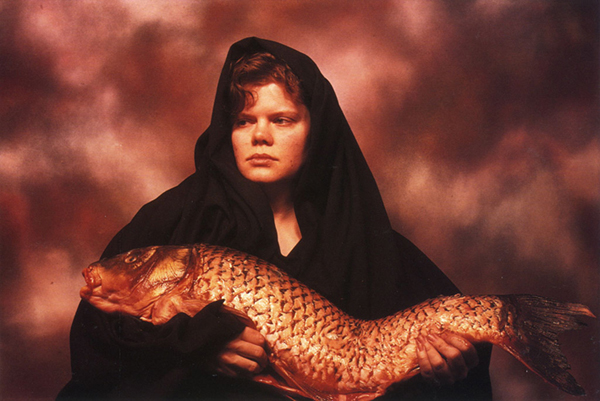 The controversial and provocative photographic work of Andres Serrano: jux_Andres_Serrano2.jpg