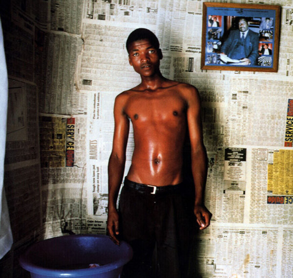 Portraits of South Africans residents by Zwelethu Mthethwa: juxtapoz_Zwelethu_Mtethwa2.jpg