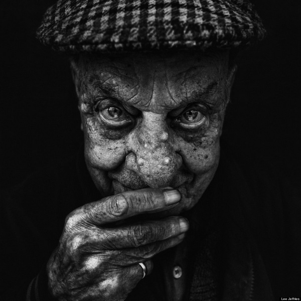 Striking portraits of homeless women and men by Lee Jeffries: juxtapoz_Lee_Jeffries12.jpg
