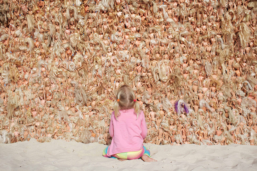 Annette Thas's Barbie Doll Wave: annette-thas-builds-a-giant-wave-wave-of-barbie-dolls-