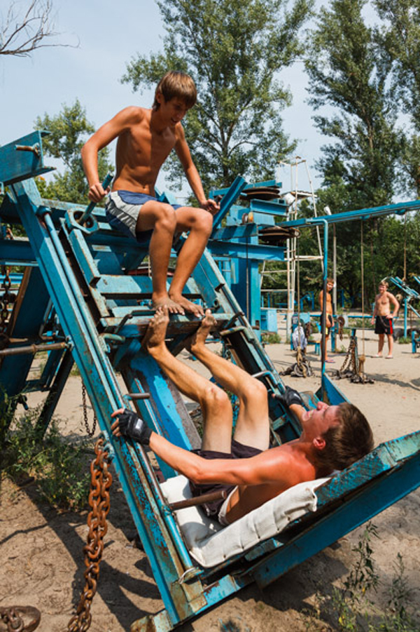 "Ukraine's very own ""Muscle Beach"": juxtapoz-Kirill-Golovchenko1.jpg"