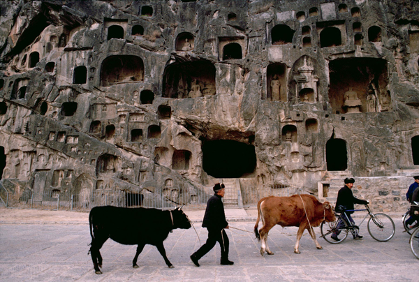 The iconic and daring images of Steve Mccurry: juxtapoz-steve_mccurry3.jpg