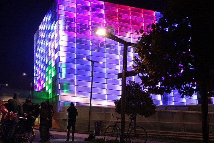 Watch: Building Becomes a Playable Rubik's Cube: building-rubiks-cube3.jpg