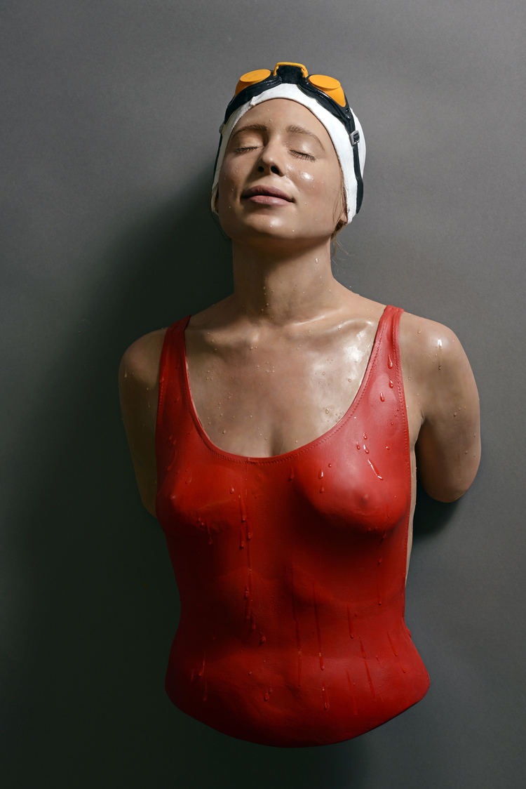 Carol A. Feuerman And Her Hyperreal Swimming Sculptures: Juxtapoz-Feuerman002.jpg