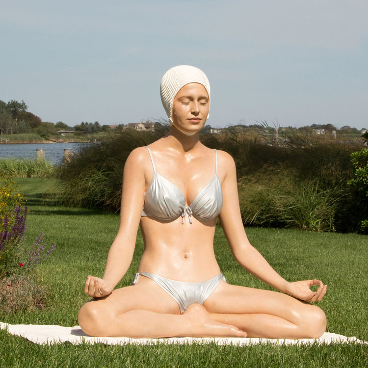 Carol A. Feuerman And Her Hyperreal Swimming Sculptures: Juxtapoz-Feuerman006.jpg