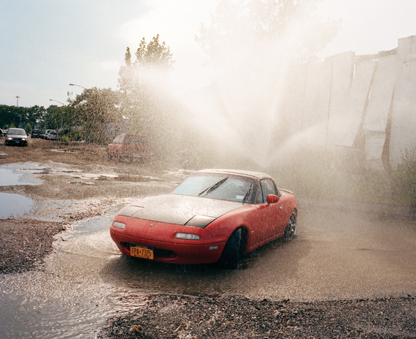 Thomas Prior documents Willets Point, Queens: juxtapoz-thomas_prior10.jpg