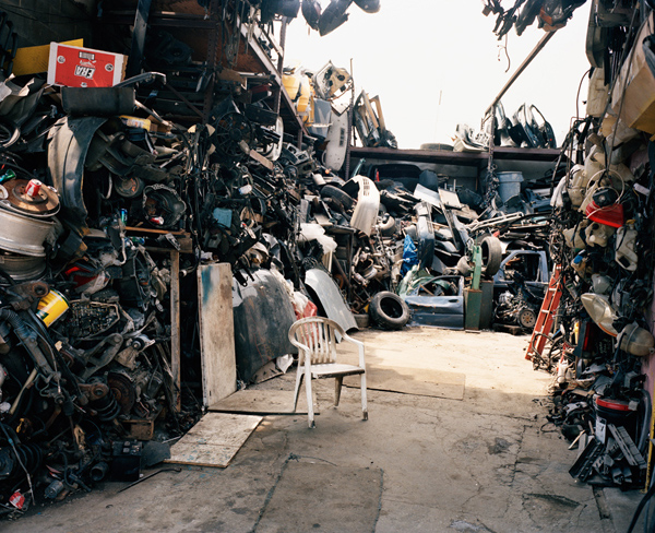 Thomas Prior documents Willets Point, Queens: juxtapoz-thomas_prior12.jpg