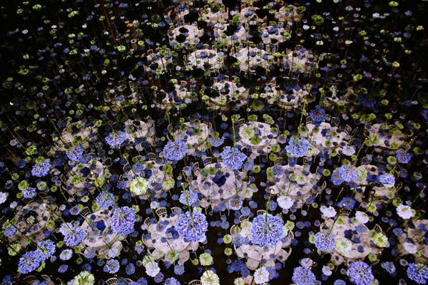 Rebecca Louise Law's Suspended Flower Installations: Rebecca-Louise-Law-Suspended-Flowers-12.jpg