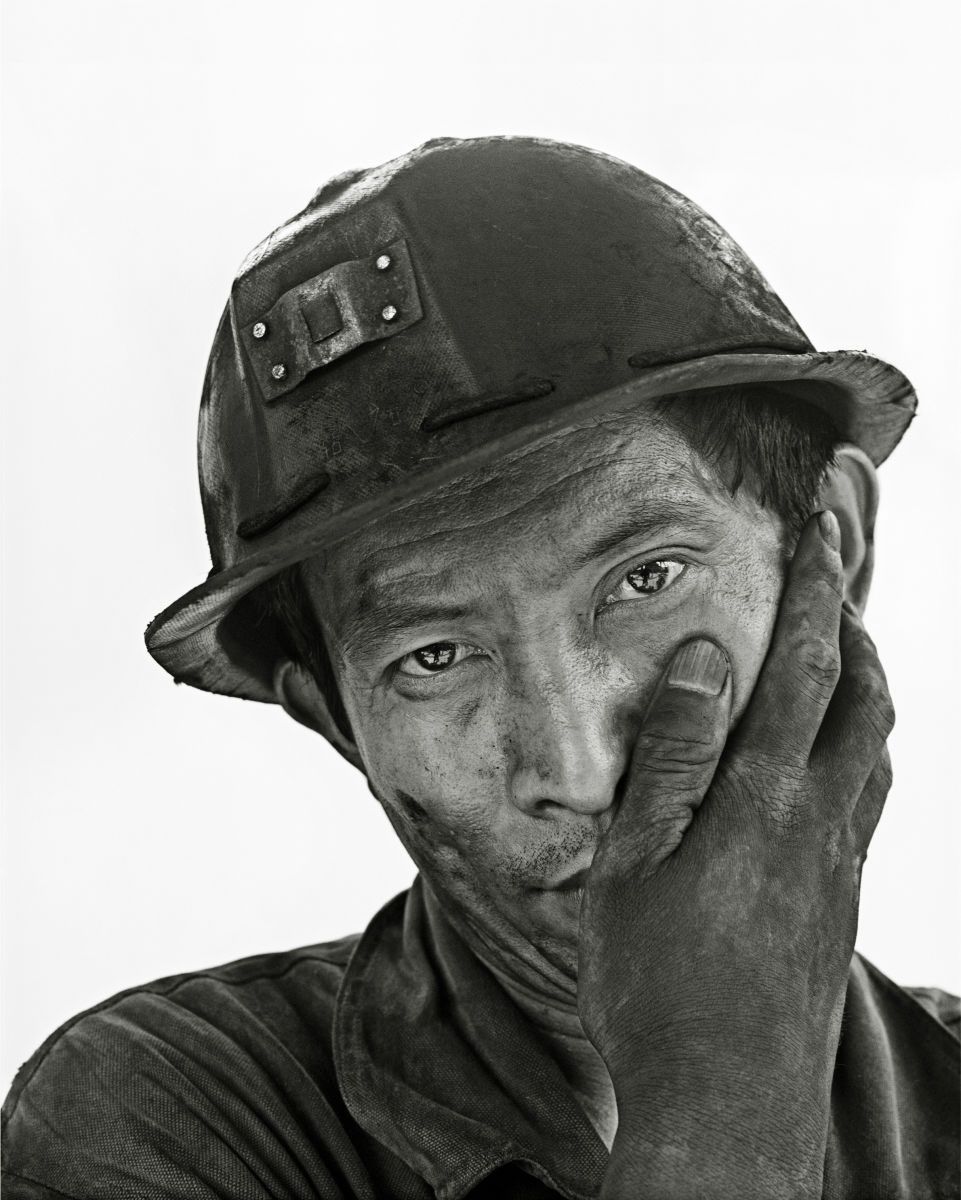 The coal mining and migrant workers of China by Song Chao: juxtapoz-song-chao-10.jpg