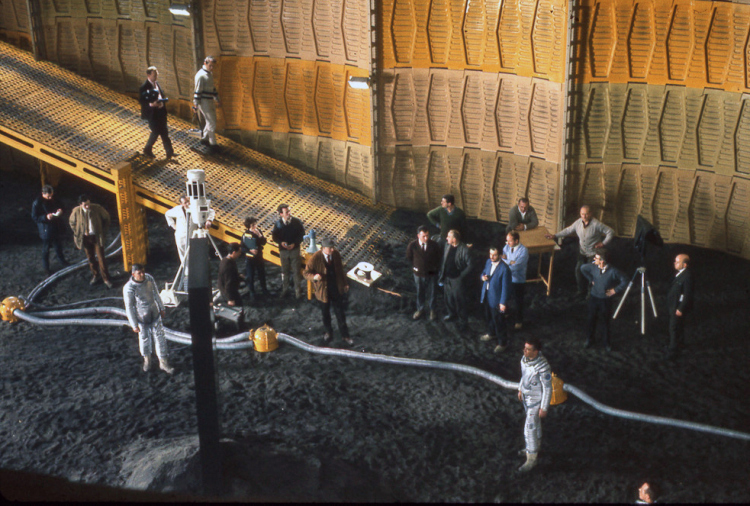 Behind the Scenes Photos From 2001: A Space Odyssey: 111.jpg