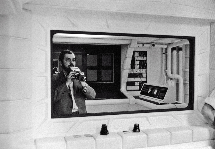 Behind the Scenes Photos From 2001: A Space Odyssey: 121.jpg