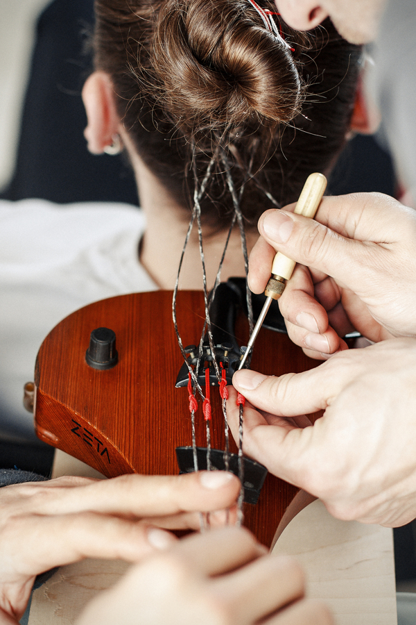Hair Music: Man's Hair Used to String Violin: HAIR-MUSIC_The-Experiment_05.jpg