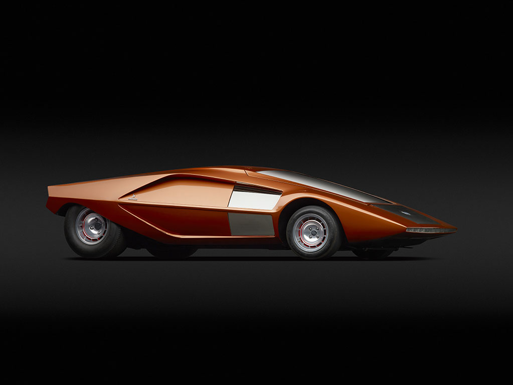 We Dream of Cars That Will Fly and Float: JuxtapozFutureCars30.jpg