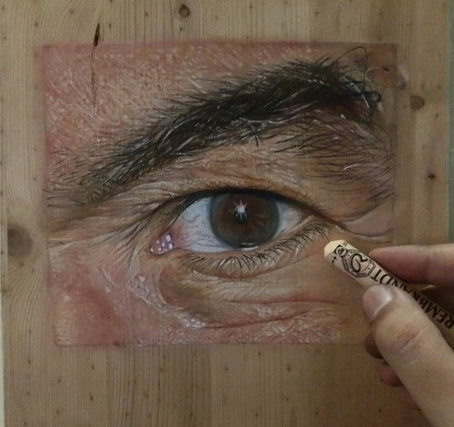 Photorealistic Paintings on Wood by Ivan Hoo: 1512639_600547043326270_133265859_n.jpg