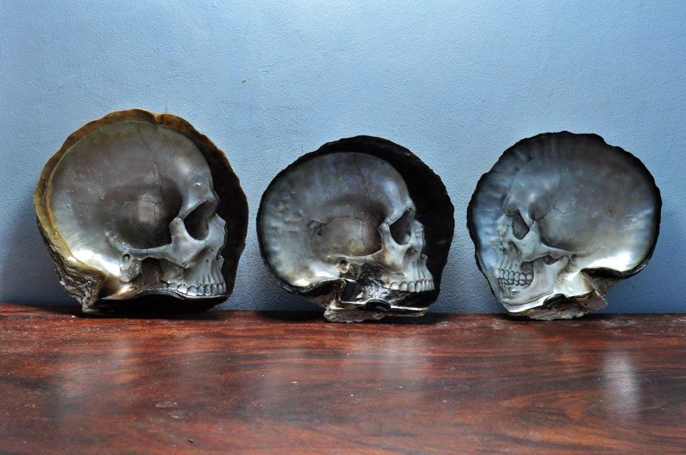 Gregory Halili's Carved Mother of Pearl Skulls: JuxtapozGregoryHalili000.jpg