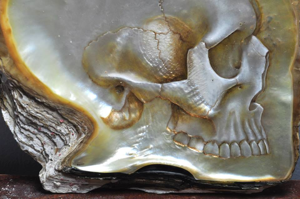 Gregory Halili's Carved Mother of Pearl Skulls: JuxtapozGregoryHalili003.jpg