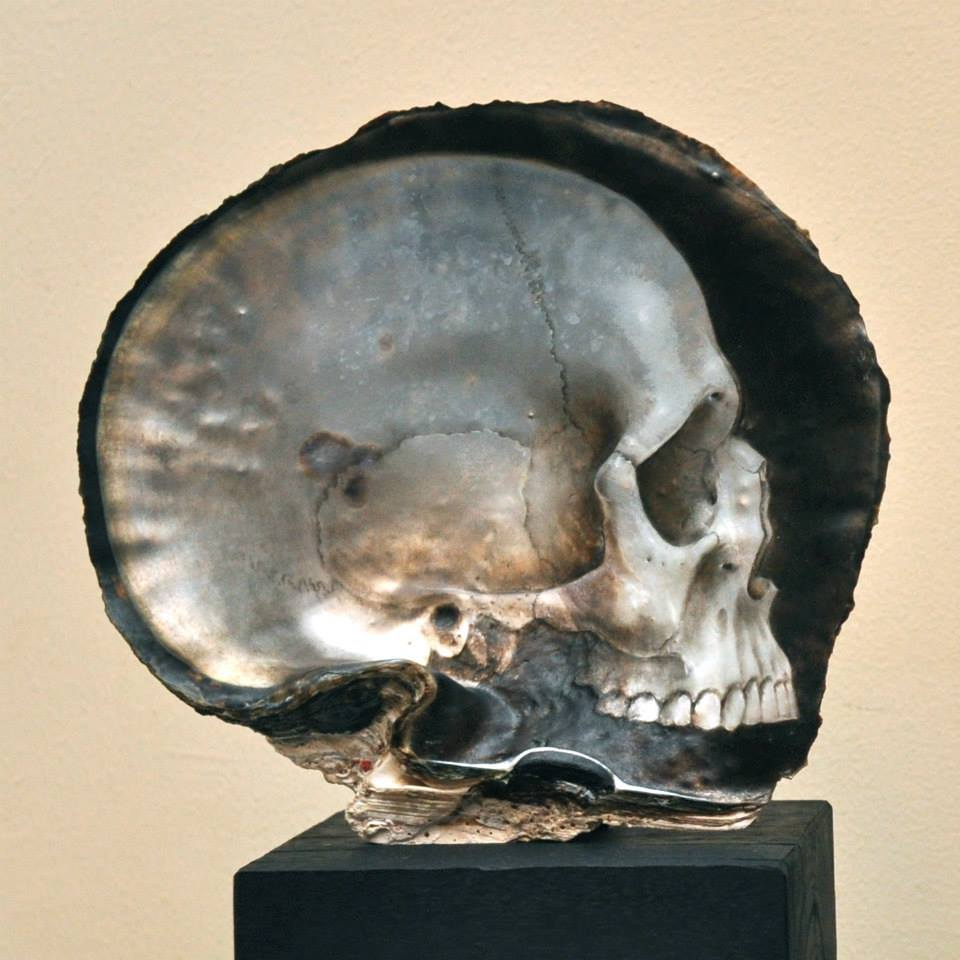 Gregory Halili's Carved Mother of Pearl Skulls: JuxtapozGregoryHalili008.jpg