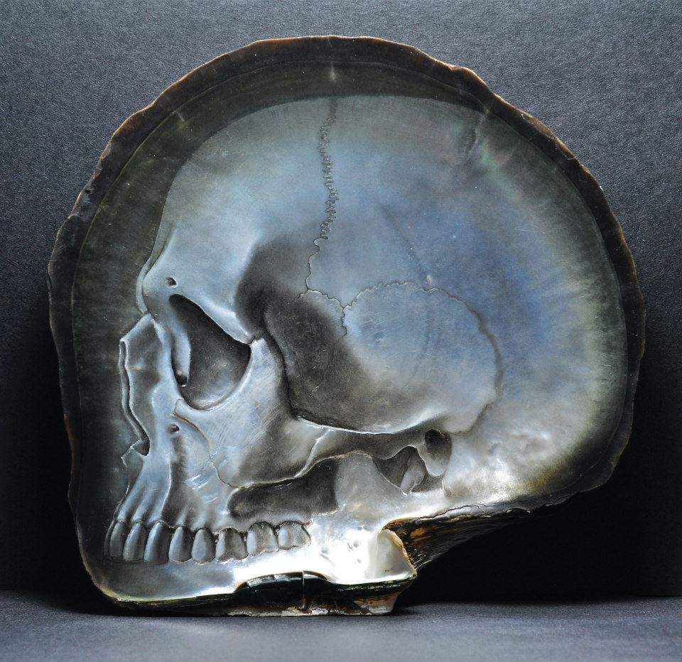 Gregory Halili's Carved Mother of Pearl Skulls: JuxtapozGregoryHalili010.jpg