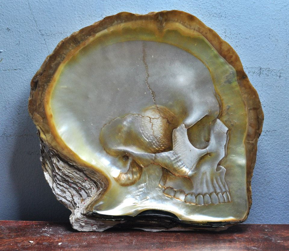 Gregory Halili's Carved Mother of Pearl Skulls: JuxtapozGregoryHalili012.jpg