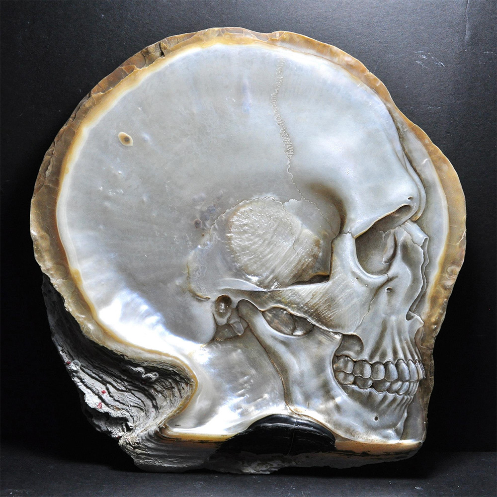 Gregory Halili's Carved Mother of Pearl Skulls: JuxtapozGregoryHalili018.jpg