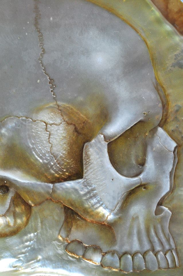 Gregory Halili's Carved Mother of Pearl Skulls: JuxtapozGregoryHalili021.jpg