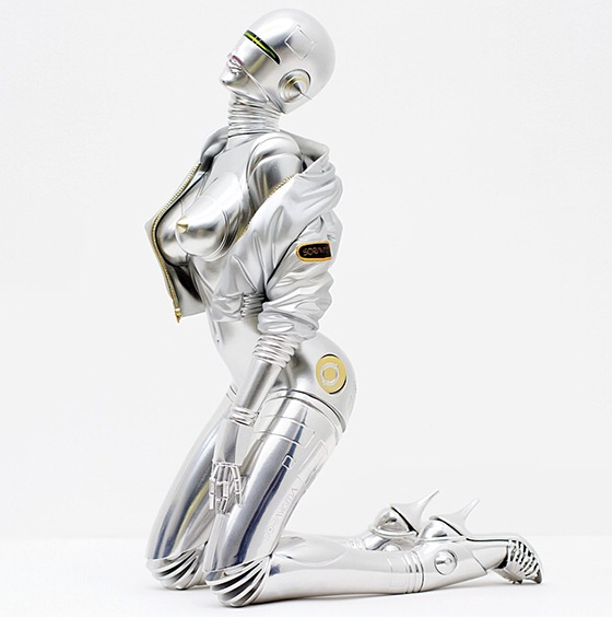 Hajime Sorayama Debuts Sexy Robot Sculpture: Screen-Shot-2014-05-14-at-9.47.54-AM.jpg