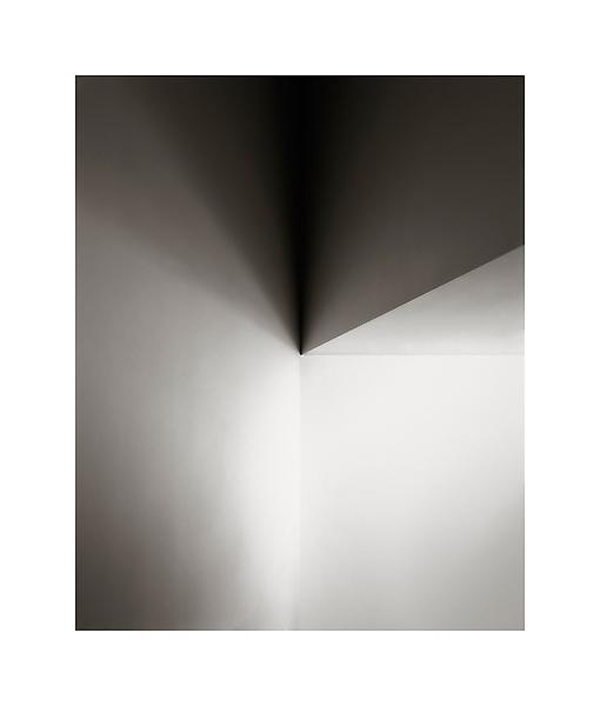 The Minimalist Architectural Photography of Luisa Lambri: jux-luisa-lambri6.jpg