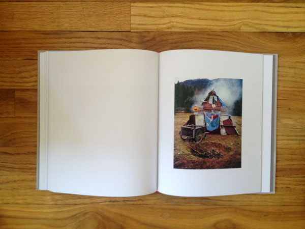 "A look inside Adrain Chesser's ""The Return"" published by Daylight Books: jux_daylight"
