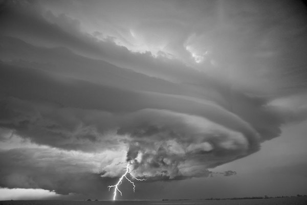 Capturing Storms with Mitch Dobrowner: jux-mitch-dobrowner4.jpg